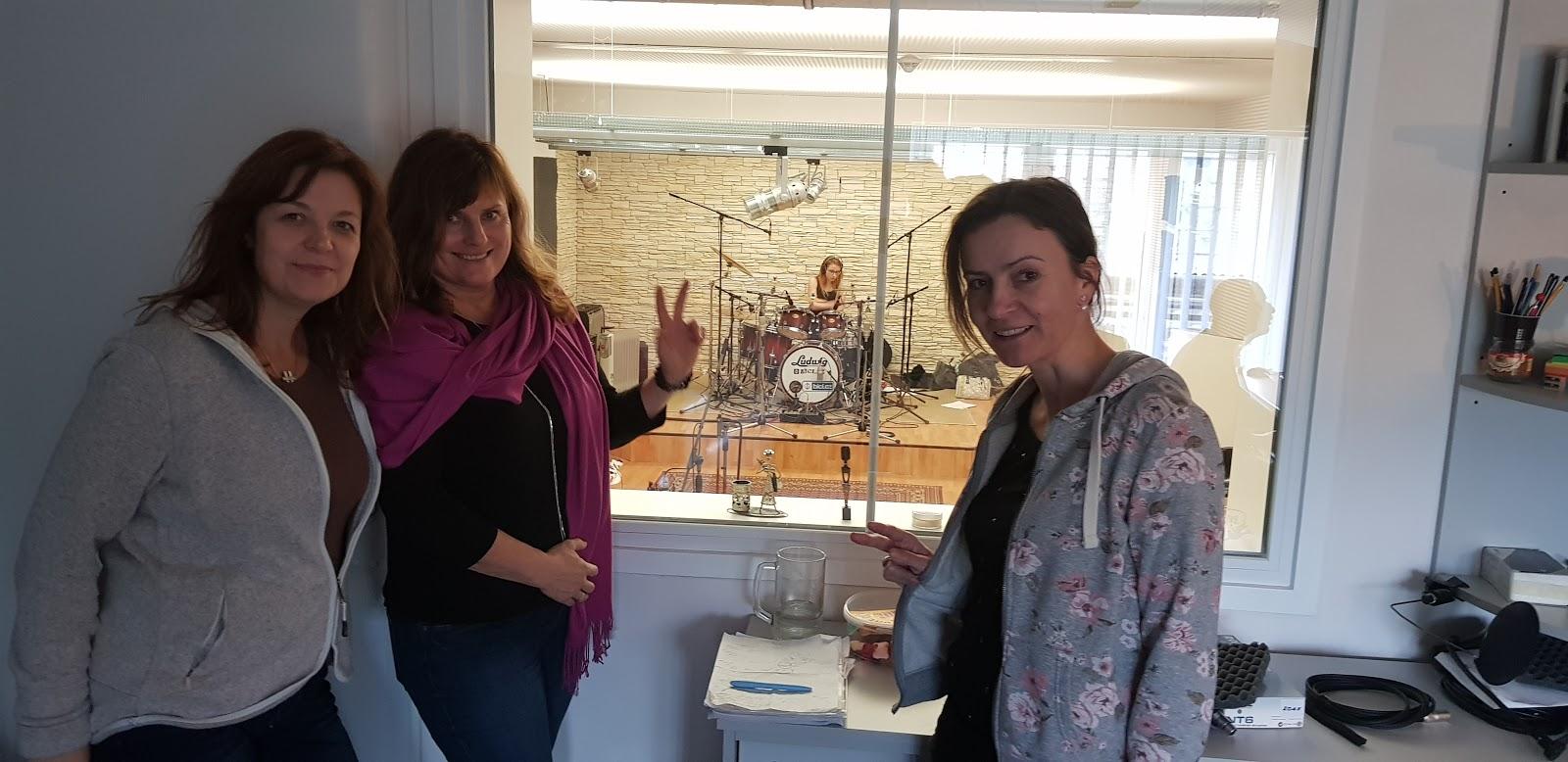 Soňa Formanová a Loretta ve studiu
