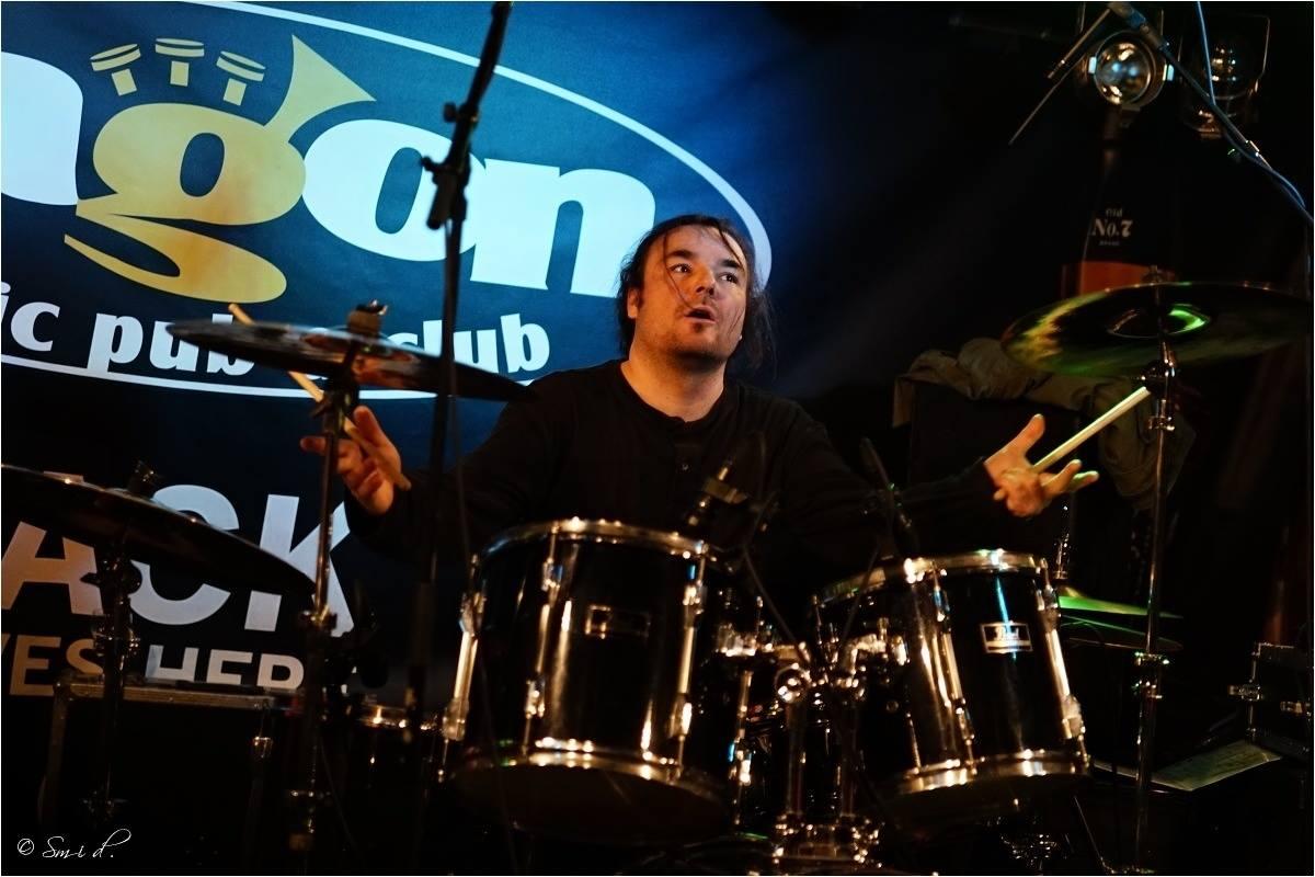 Blues Amplified - původní bubeník: Dan Hubáček