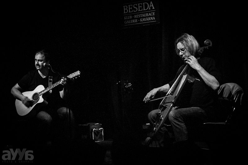 Ivan Hlas Trio - zleva: Norbi Kovács a Olin Nejezchleba