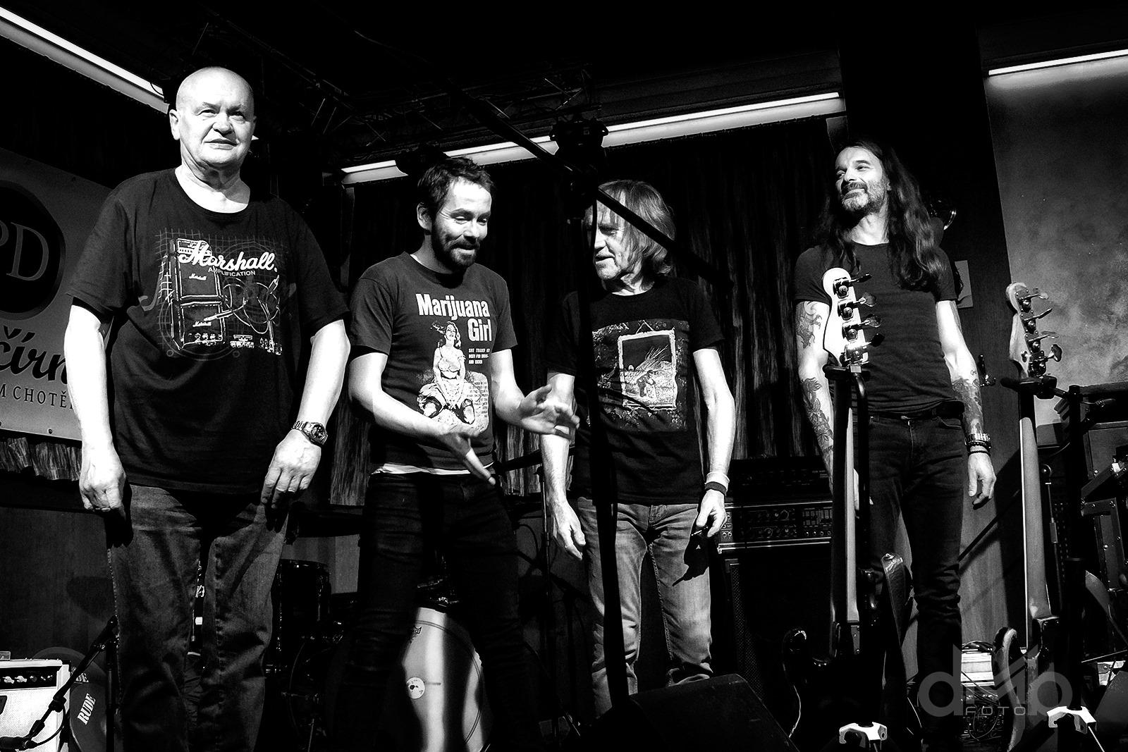 """PRAK – zleva: Stanislav  """"Klásek"""" Kubeš, Martin Kopřiva, Vladimír """"Guma"""" Kulhánek a Jan Holeček"""