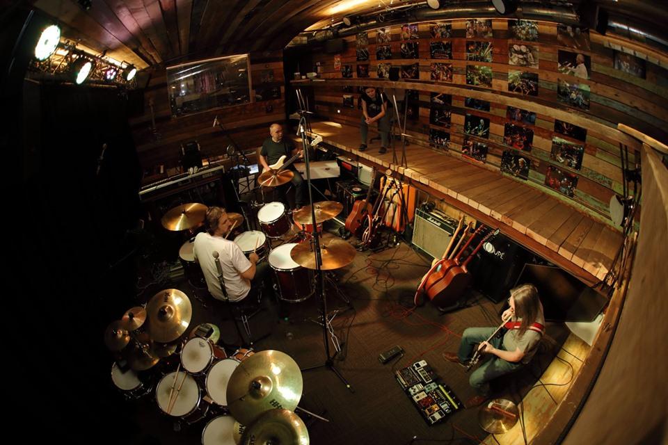 Red Baron Band ve studiu Doupě