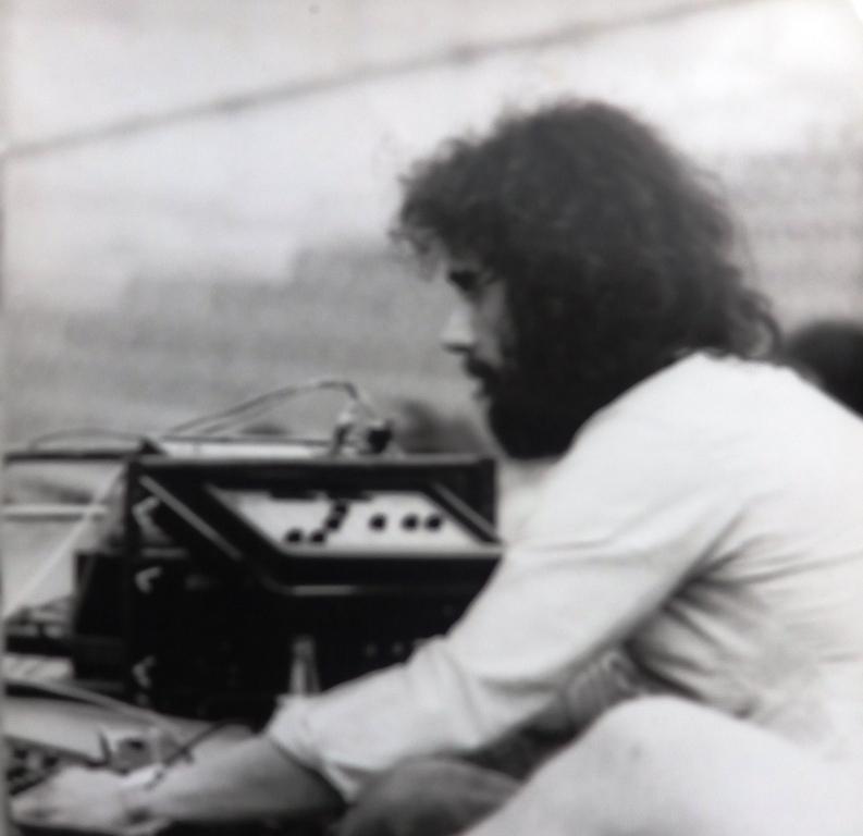 Příprava na ozvučení festivalu Haškova Lipnice. asi 1984-85.